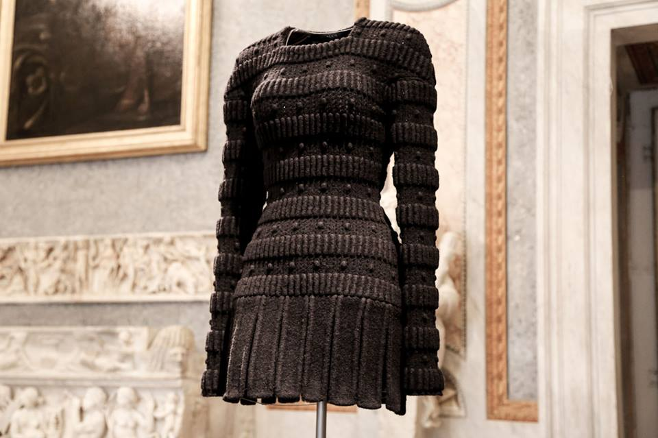 CoutureSculpture Azzedine Alaïa in the History of Fashion
