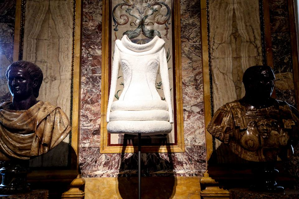 CoutureSculpture Azzedine Alaïa in the History of Fashion  (14)