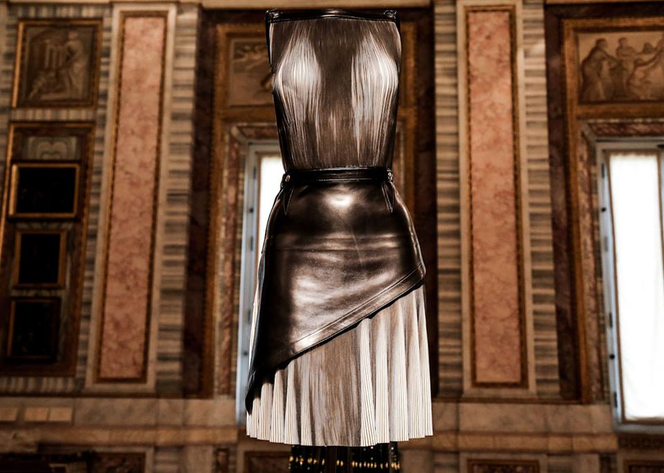 CoutureSculpture Azzedine Alaïa in the History of Fashion  (20)