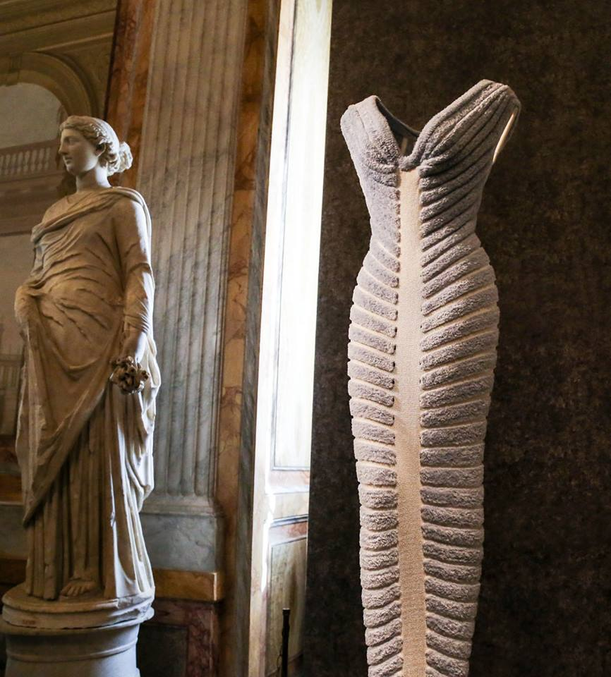 CoutureSculpture Azzedine Alaïa in the History of Fashion  (21)