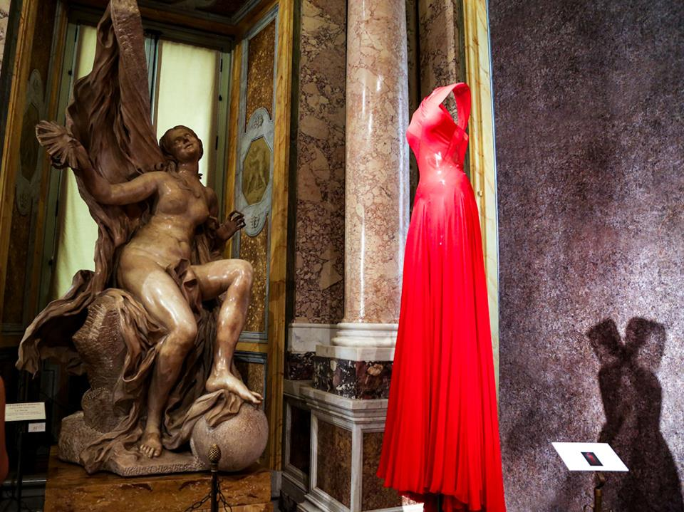 CoutureSculpture Azzedine Alaïa in the History of Fashion  (25)