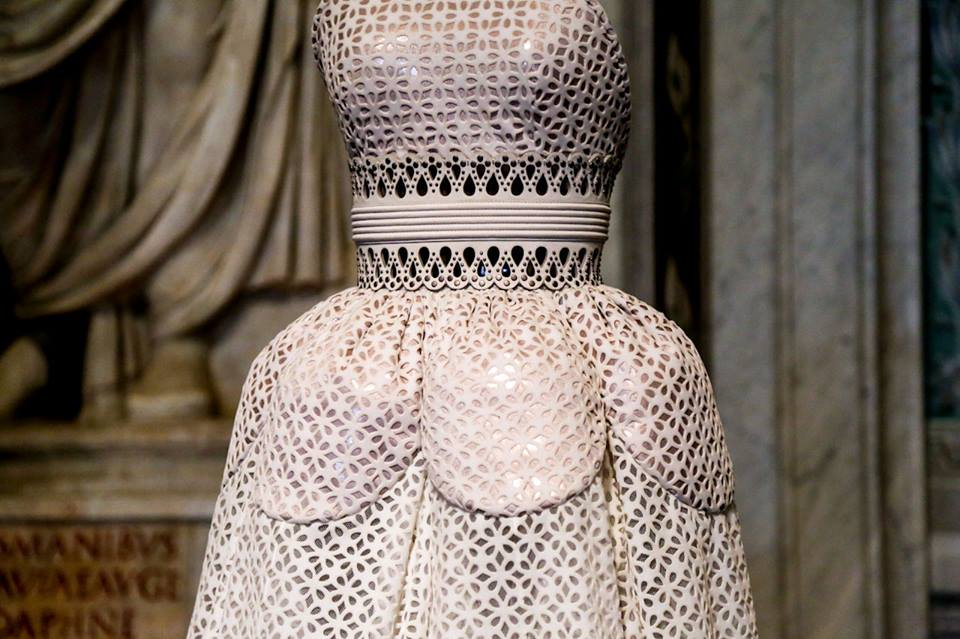 CoutureSculpture Azzedine Alaïa in the History of Fashion  (4)