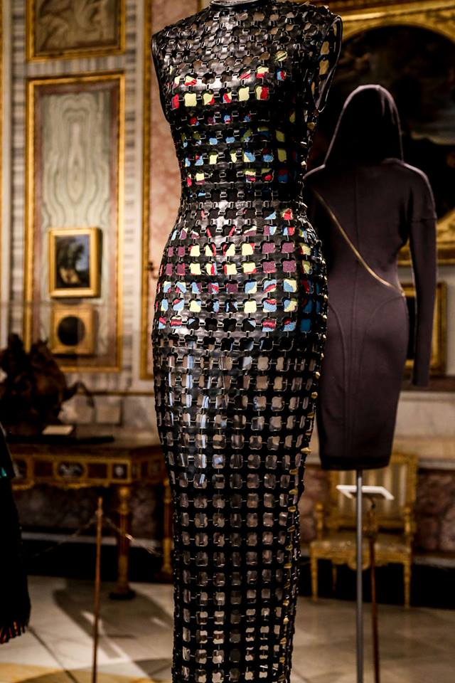 CoutureSculpture Azzedine Alaïa in the History of Fashion  (11)