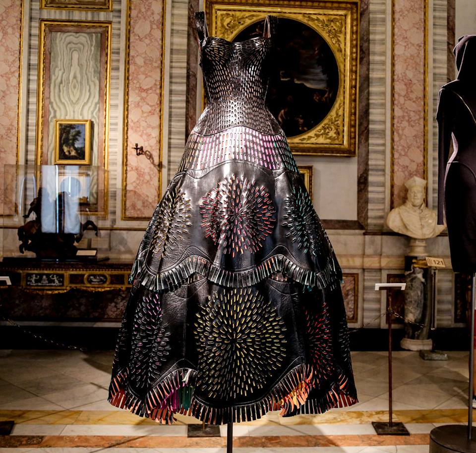 CoutureSculpture Azzedine Alaïa in the History of Fashion  (15)