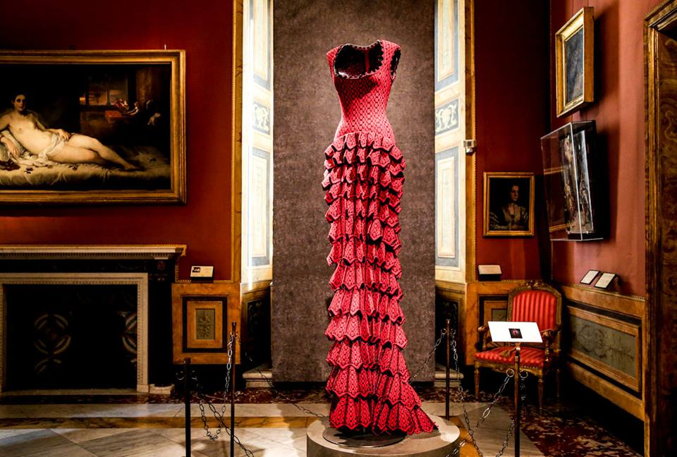 CoutureSculpture Azzedine Alaïa in the History of Fashion  (18)