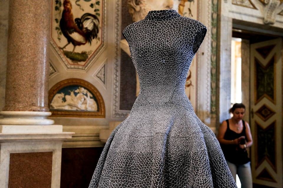 CoutureSculpture Azzedine Alaïa in the History of Fashion  (3)