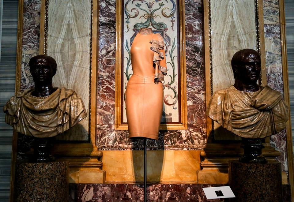 CoutureSculpture Azzedine Alaïa in the History of Fashion  (7)