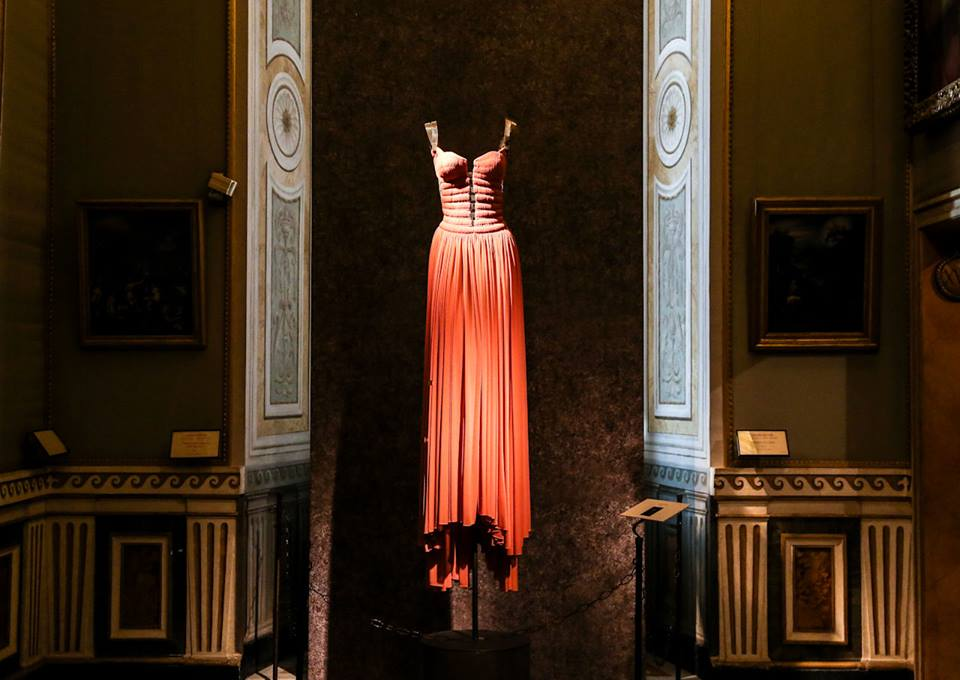 CoutureSculpture Azzedine Alaïa in the History of Fashion  (8)