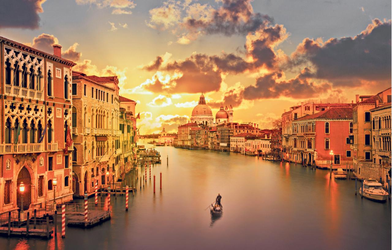 venice-grand-canal-sunset-xlarge
