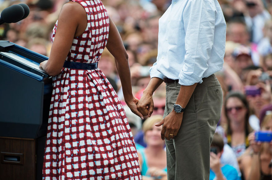 michelle-barack-obama-love-photos-47-587ce869d5de8__880