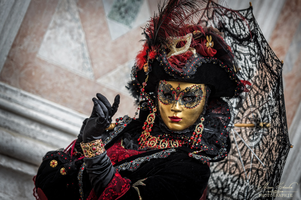 venice-carnival-costumes-2017-by-marc-chaslin-photographie14